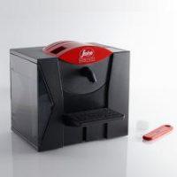 Design noir et rouge de la cafetière expresso semi pro MZ de Segafredo – Mon café italien